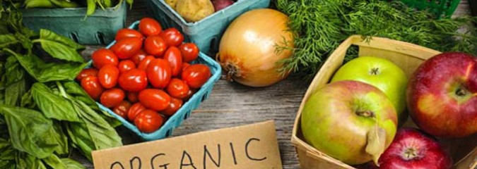 "Avoid Toxins: Go Organic or Stick With These ""Clean 15″ Fruits & Veggies"