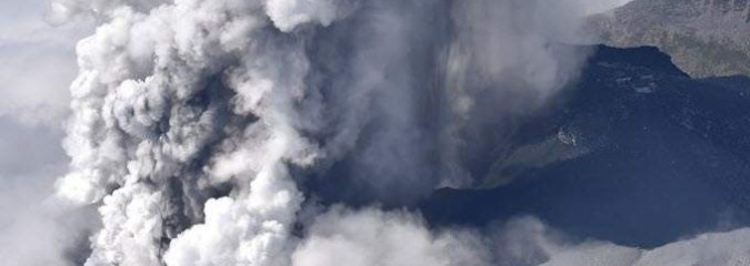 Earth and Space Weather News Sept 28, 2014:  M5 Solar Flare, Volcano, Severe Weather