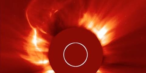 Huge Solar Blast, Planets Align, Severe Storms | S0 News May 22, 2015