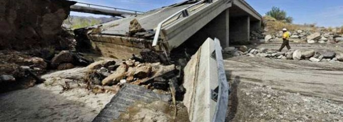 Flash Floods Swamp U.S. Southwest, Space Weather, SOTC Report | S0 News July 21, 2015