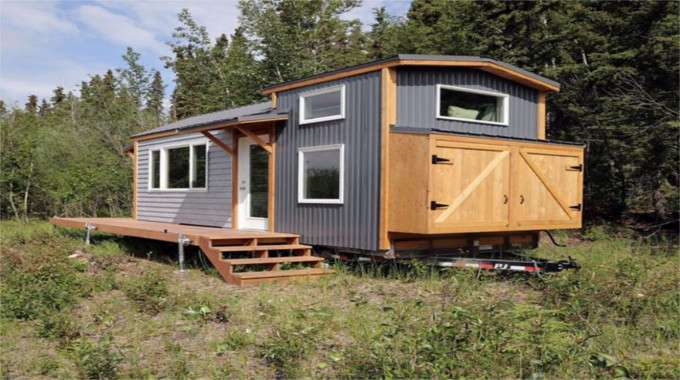 alaskan mom builds lovely tiny house and is sharing the