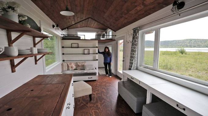This Alaskan Woman Built A Phenomenal Tiny Home And Is