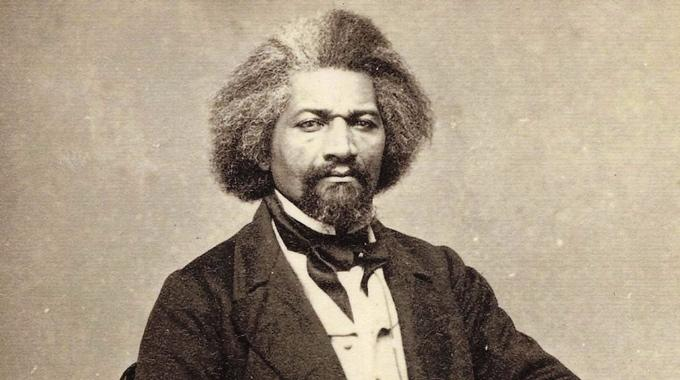 the friendship of frederick douglass and abraham lincoln and their ties to slavery