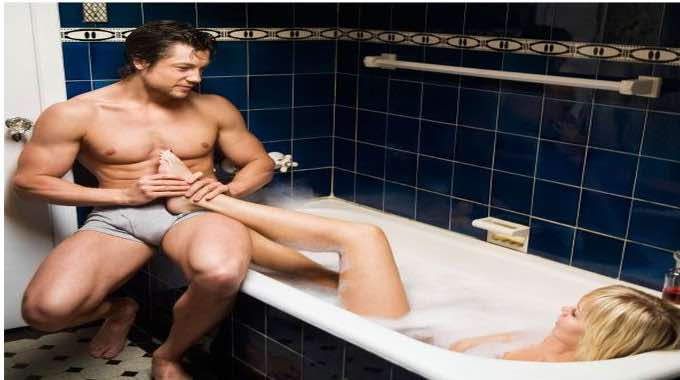 4 Easy Massage Techniques YOU Can Do to Prepare HER for